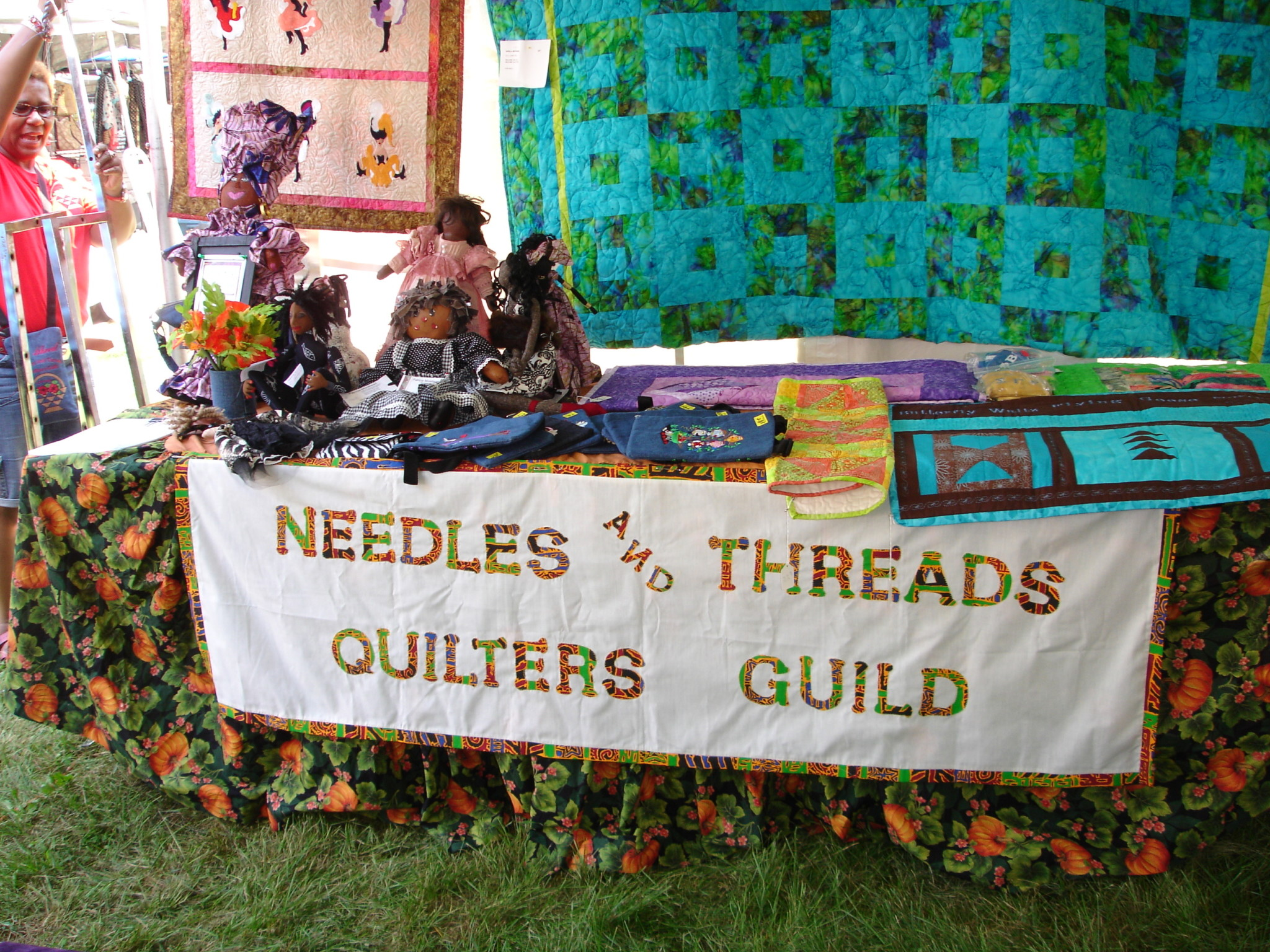 Courtesy of Needles & Threads Quilters Guild