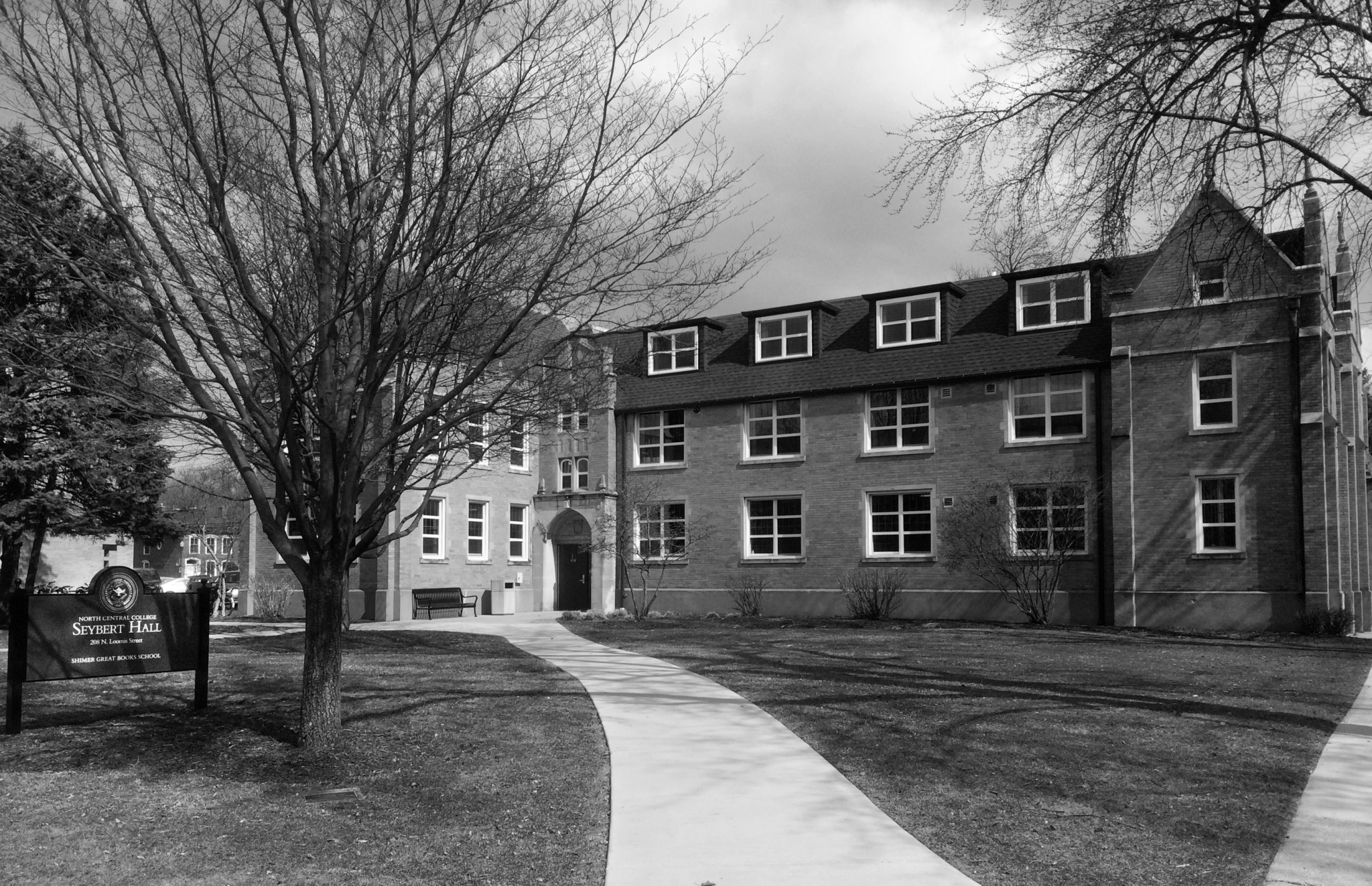 Seybert Hall, the current home of Shimer's administrative functions at North Central College (Sarah Fineman)