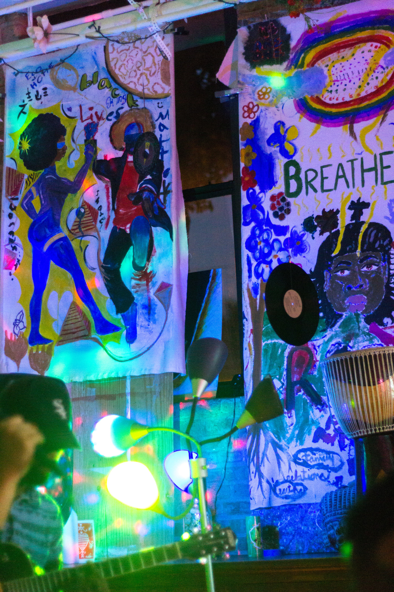 In addition to illumination by lights, the #BreathingRoom is also decorated with collaborative murals.