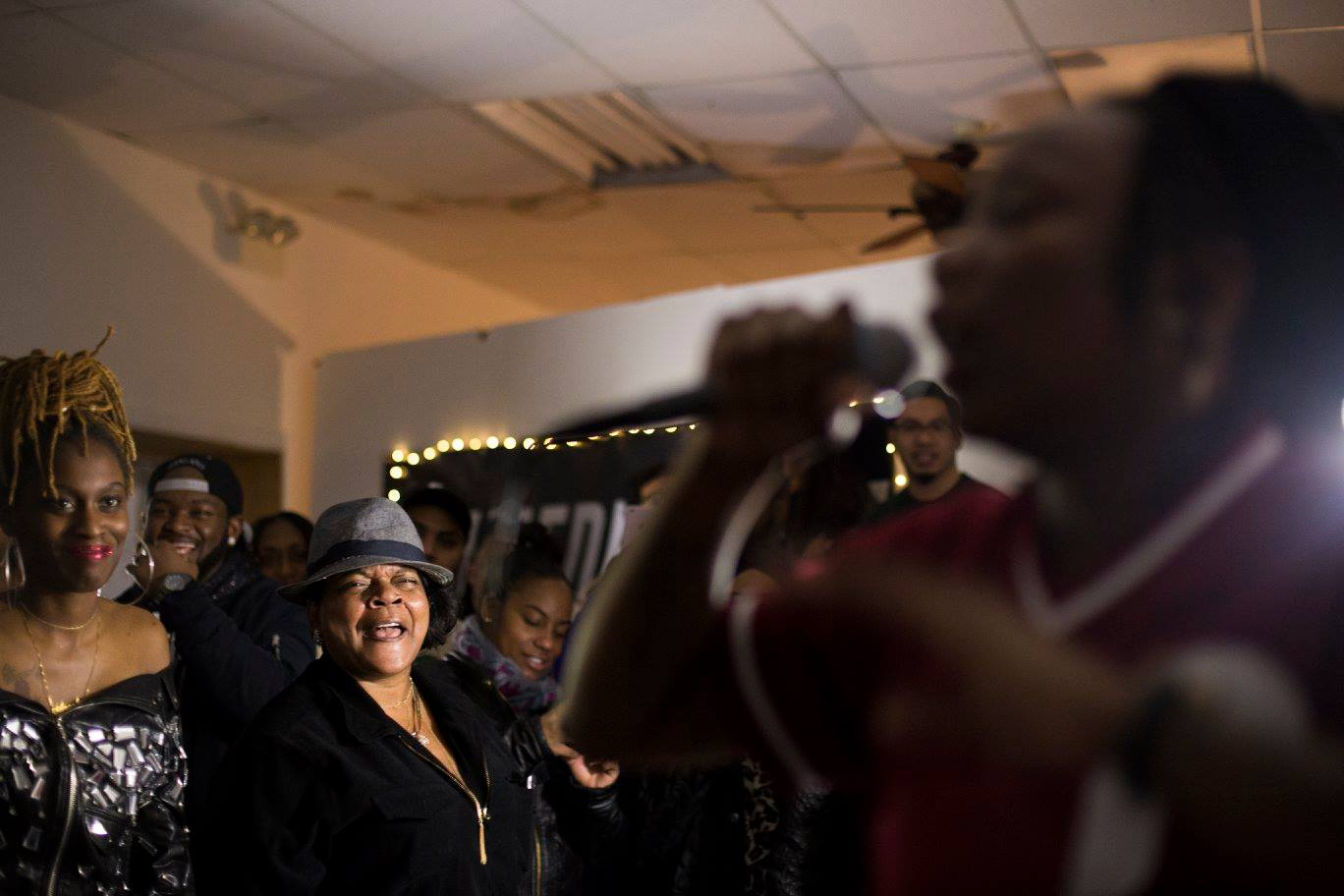 Performance at TRAP House Chicago. Photo Courtesy of Rohan Ayinde